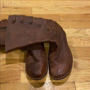Merrell like new boots